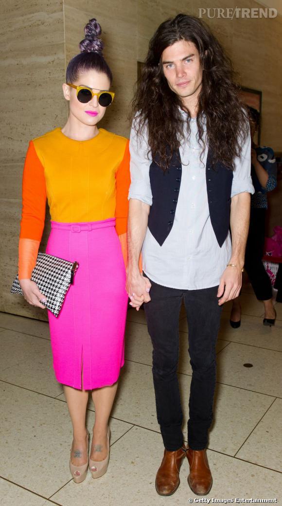 Avec son petit ami Matthew Mosshart, c'est le jour et la nuit, les couleurs et le noir et blanc.