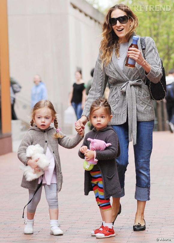 Sarah Jessica Parker et ses fausses jumelles, stars de West Village à New York.