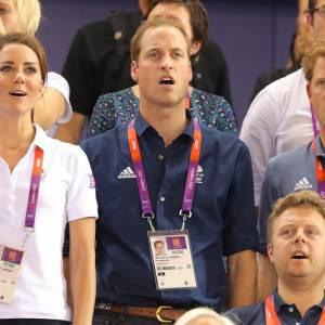 Entre Kate et Harry, la famille royale enchaîne les scandales.