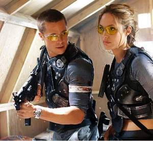 """Brad Pitt et Angelina Jolie dans """"Mr. & Mrs. Smith""""."""