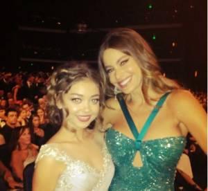 Twitter, l'autre star des Emmy Awards 2012 ! Dans les coulisses avec Sofia Vergara, Zooey Deschanel...