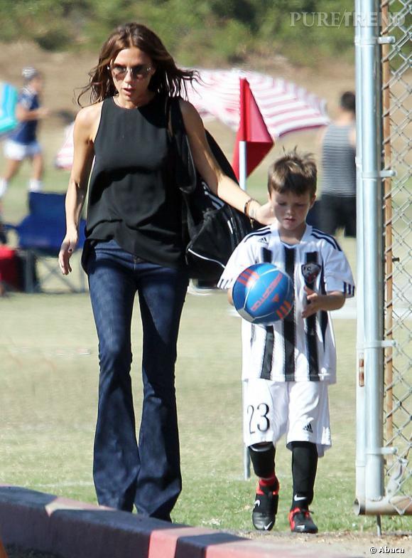 Victoria Beckham reste chic et élégante en toutes circonstances.