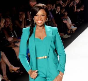 Jennifer Hudson VS Blake Lively : le costume flashy Michael Kors