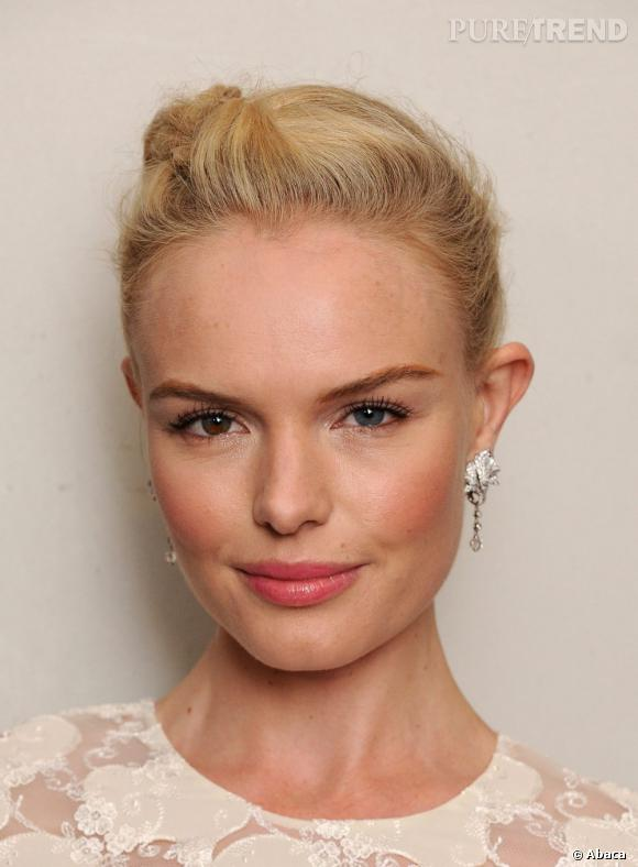 Allure romantique pour Kate Bosworth qui mise sur le pastel et les diamants pour sublimer son teint.