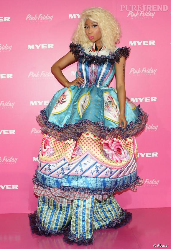 """Le flop """"robe cage"""" :  Nicki Minaj ne fait toujours pas dans la subtilité."""