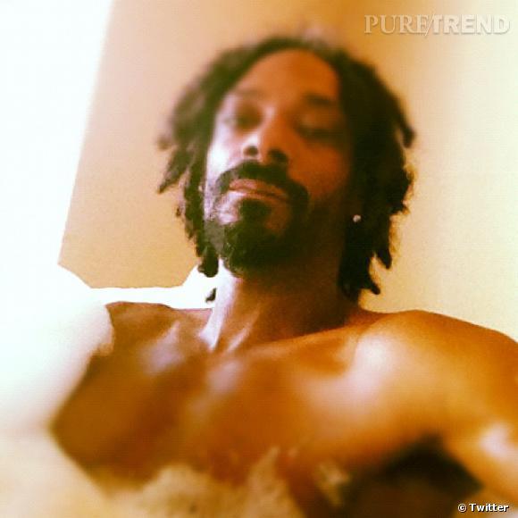 Snoop Lion ne fait rien comme tout le monde et il attend 2013 dans son bain.