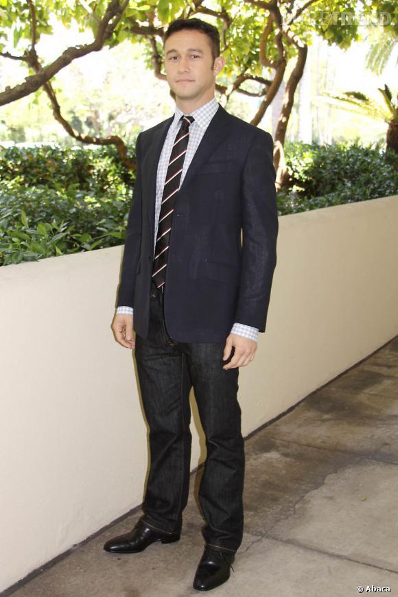 """Joseph Gordon-Levitt, confirmé dans """"Sin City : j'ai tué pour elle""""."""