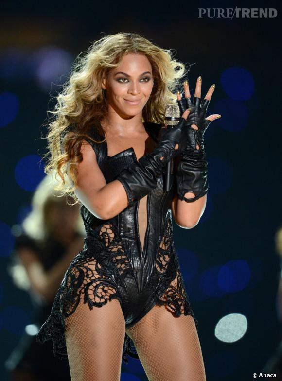 """Pour son célèbre tube """"Single Ladies"""", la star a demandé l'aide de Kelly Rowland et Michelle Williams."""
