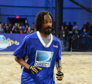 Snoop Dogg s'implique dans le match...