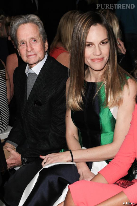 Michael Douglas et Hilary Swank chez Michael Kors.