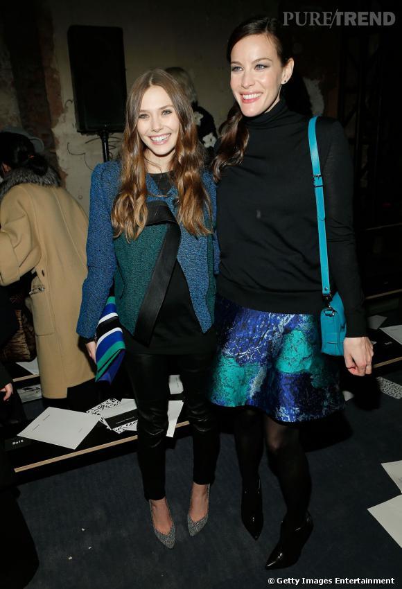 Elizabeth Olsen et sa copine Liv Tyler au défilé Proenza Schouler.