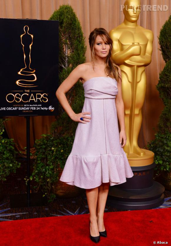 Jennifer Lawrence au Dîner des Oscars début février 2013.