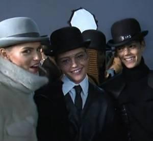 Extrait du documentaire Les Filles en Vogue diffusé demain soir dès 23h45 sur Paris Première avecNatasha Poly, Sasha Pivovarova, Freja Beha, Erichsen, Constance Jablonski et Sessilee Lopez.