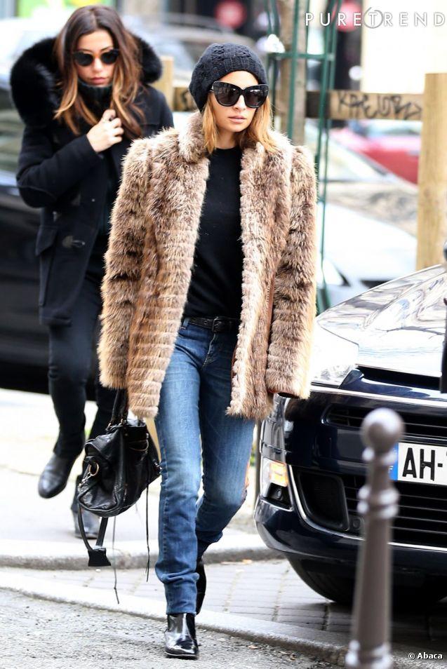 Nicole Richie, un look parfaitement calibré à Paris.