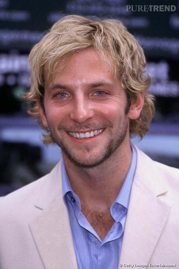 Le flop coiffure :  Au début de sa carrière, Bradley mise sur le blond méché... Un peu trop surfeur à notre goût.