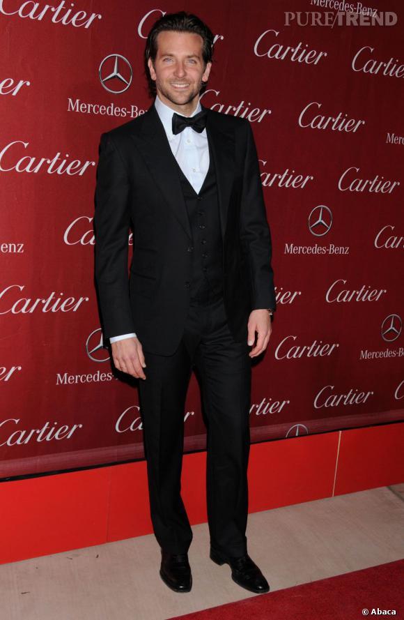 Le top noeud papillon :  Bradley Cooper est très chic pour la soirée Cartier.