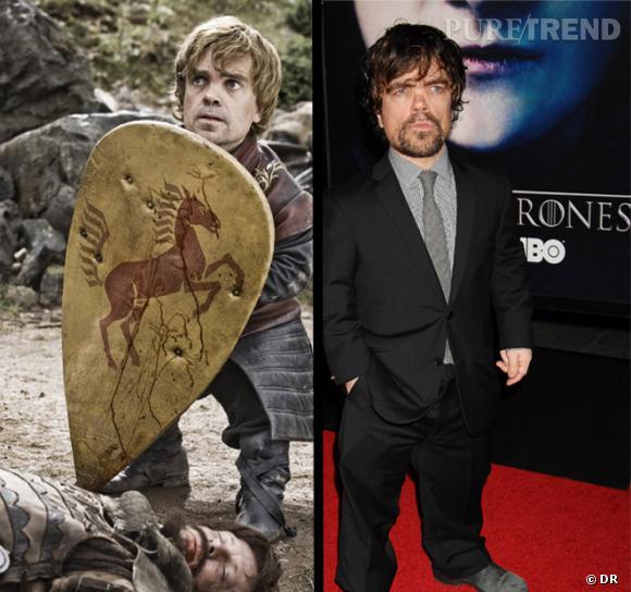 Peter Dinklage incarne un  Tyrion Lannister  très classe en armure... mais il porte aussi à merveille le costume.