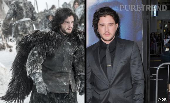 Il faut avouer que Jon Snow n'est pas très sexy sous sa grosse peau de bête. En revanche, Kit Harington se débrouille très bien sur tapis rouge, habillé façon gentleman.