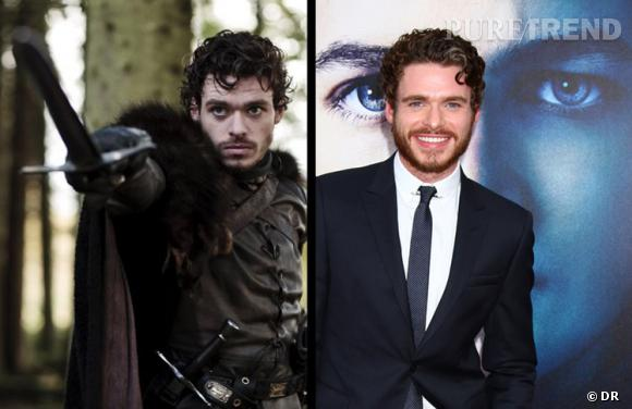 Entre Robb Stark  et Richard Madden, aucune différence physique ! On remarque juste que l'acteur est beaucoup plus détendu que son personnage, qui lui doit partir en guerre.