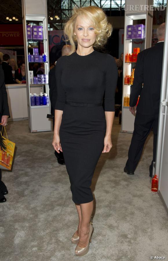 Pamela Anderson à l'International Beauty Show au Javitz Center à New York le 15 avril 2013.