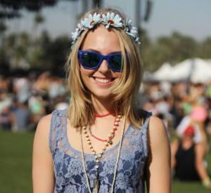 AnnaSophia Robb a elle adopté la couronne de fleurs. Joli.