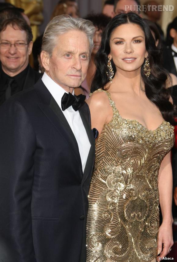 Catherine Zeta-Jones très glamour aux côtés de son mari.