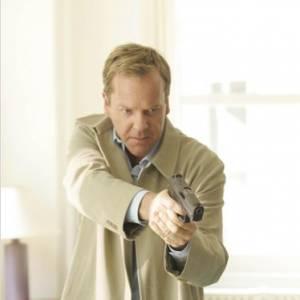 """Kiefer Sutherland dans """"24 Heures Chrono"""", souvent en train de menacer quelqu'un..."""