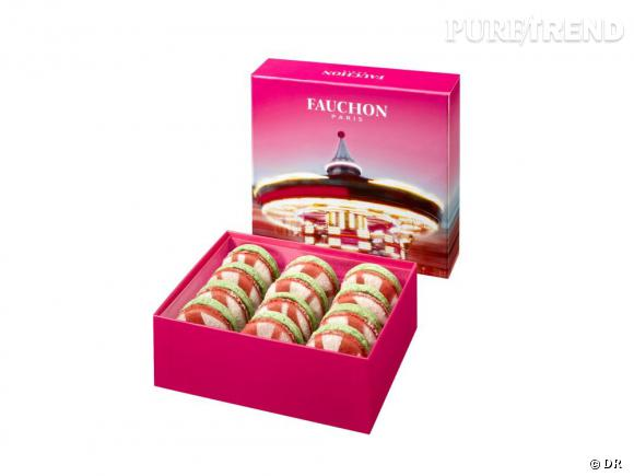 La collection Attraction de Fauchon Macarons Attraction : coques pistache-framboise et crémeux aux fruits rouges. Coffret 12 macarons : 25 €