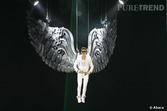 """Justin Bieber a fait le teasing de son prochain single, """"Heartbreaker"""", ses fans Twitter n'en peuvent plus d'attendre !"""