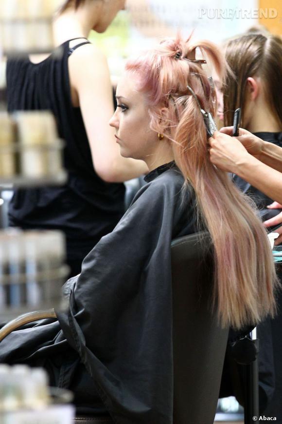 Amanda Bynes a testé les cheveux roses, elle cherche son style.