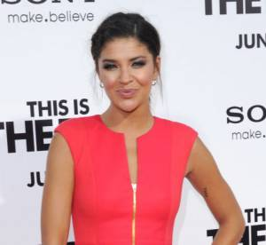 Jessica Szohr VS Jennie Garth : la robe zippee Ted Baker