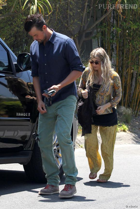 Fergie et Josh Duhamel en route pour la messe.