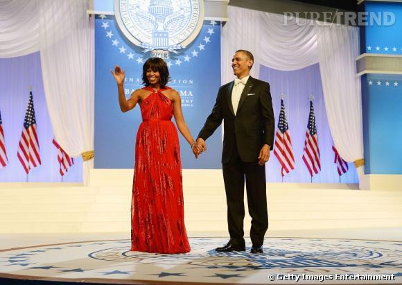 Michelle Obama porte une robe rouge Jason Wu lors de l'investiture du Président Barack Obama le 21 janvier dernier.