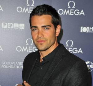 Jesse Metcalfe sexy pour Oméga.