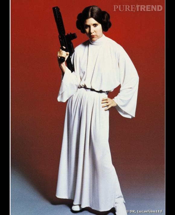 Carrie Fisher alias Princesse Leïa, fille de Dark Vador de 1977 à 1983.