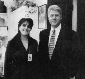 Un deshabille de Monica Lewinski et une lettre de Bill Clinton aux encheres