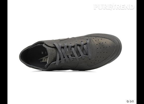 Les soldes sur nos e-shops préférés !       Sarenza.com       Baskets Nike, 57 € au lieu de 95 €
