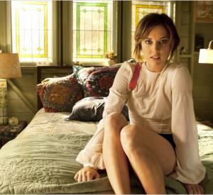 Le personnage d'Erin Silver dévoile une chevelure légèrement plus claire, parsemée de mèches fines.