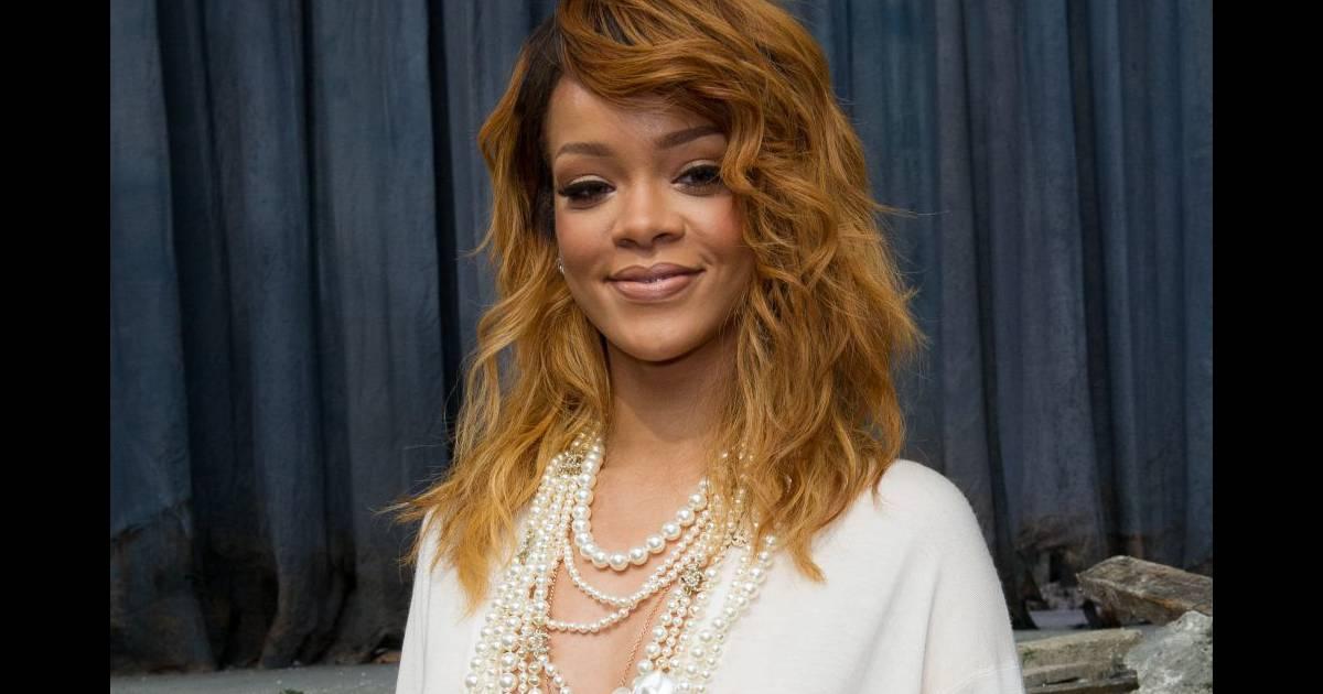 Rihanna Un Look Os Mais Furieusement Glamour