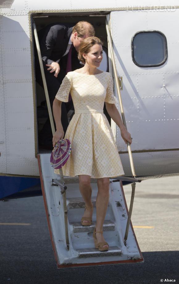 Kate Middleton sait comment accentuer sa taille fine !