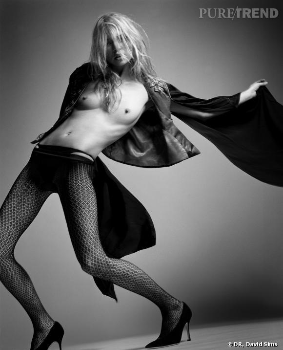 Photo de Kate pour la couverture du Vogue français. Photo de David Sims. 2005. Estimée entre 10 000 et 15 000£.