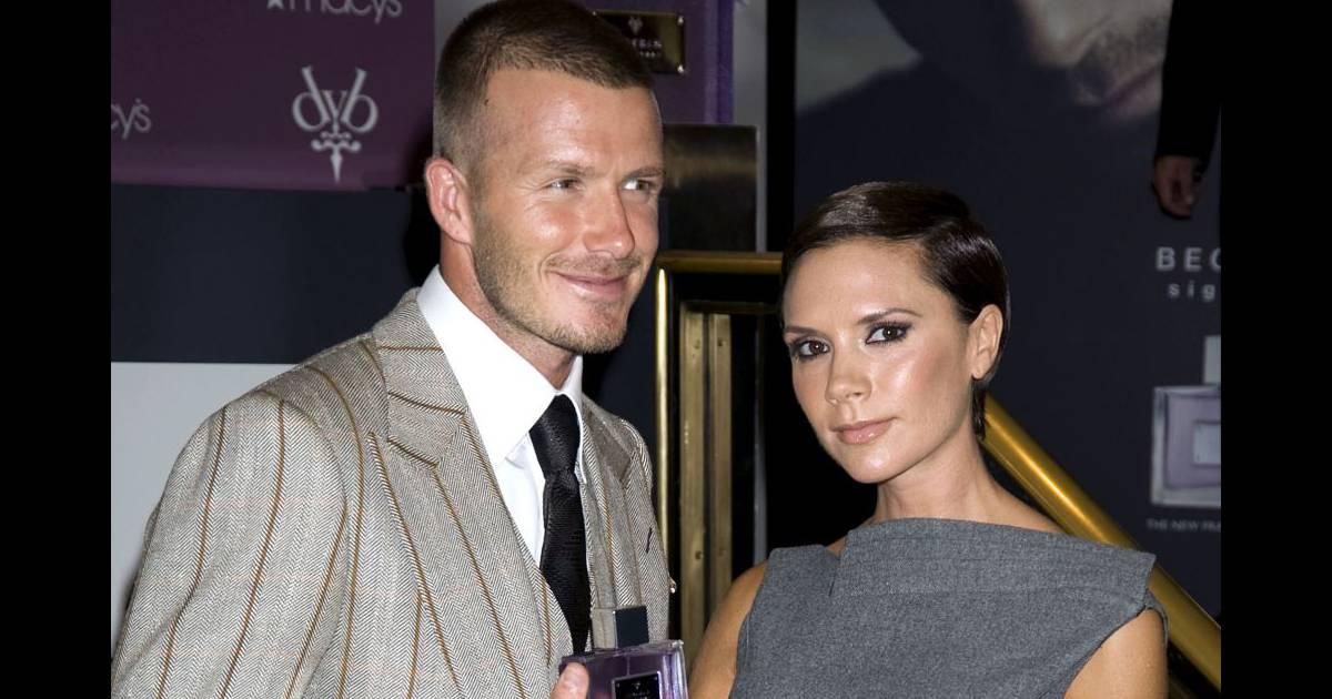 La Femme Et Des Deux De Sa David Beckham VictoriaLors Sortie E9WDH2IY