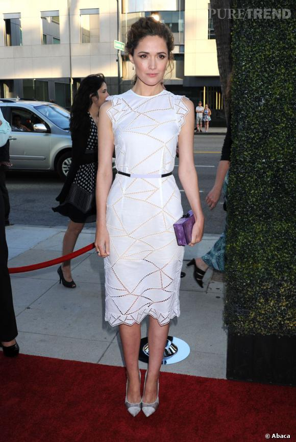 Rose Byrne sort du lot avec sa robe Christopher Kane collection Croisière 2014.