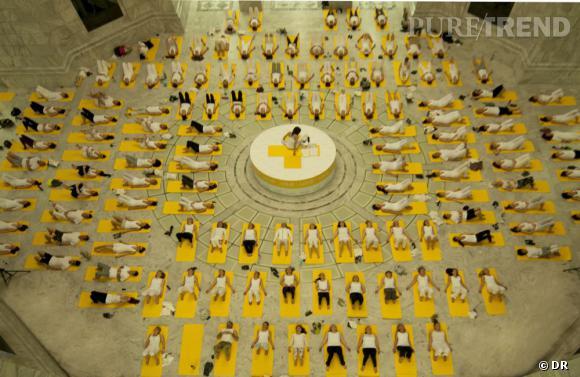Le Lolë White Tour, un événément gratuit permettant de découvrir le yoga autrement.
