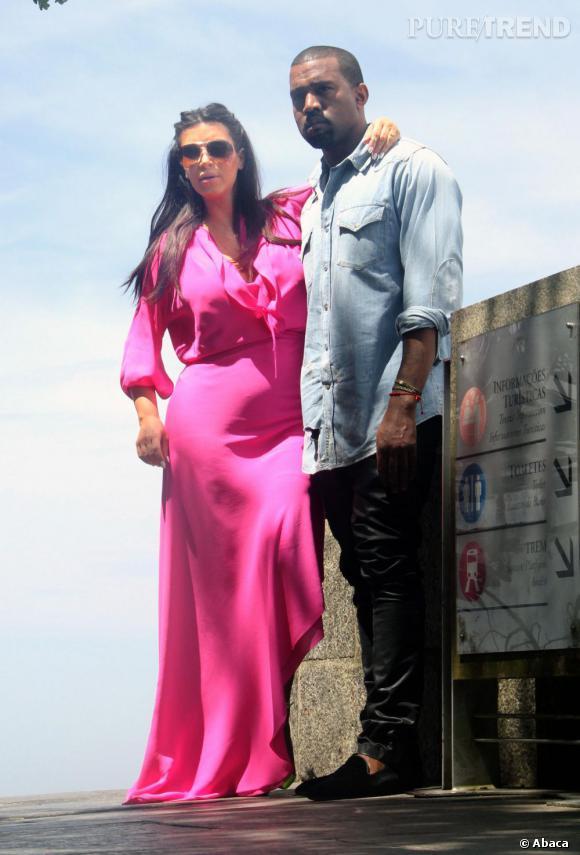 Kim Kardashian et Kanye West aimeraient se marier à Paris, selon les rumeurs...