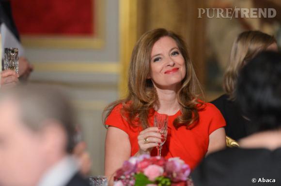 La Première dame de France Valérie Trierweiler se confie dans le journal Le Parisien.