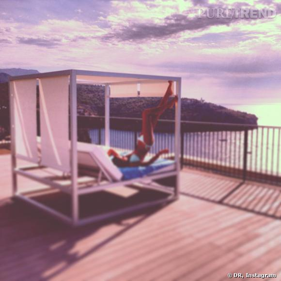 Malika Ménard, des vacances ultra-sexy à Majorque.