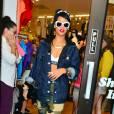 Rihanna, toujours égérie pour sa propre collection dans les rues de New York.