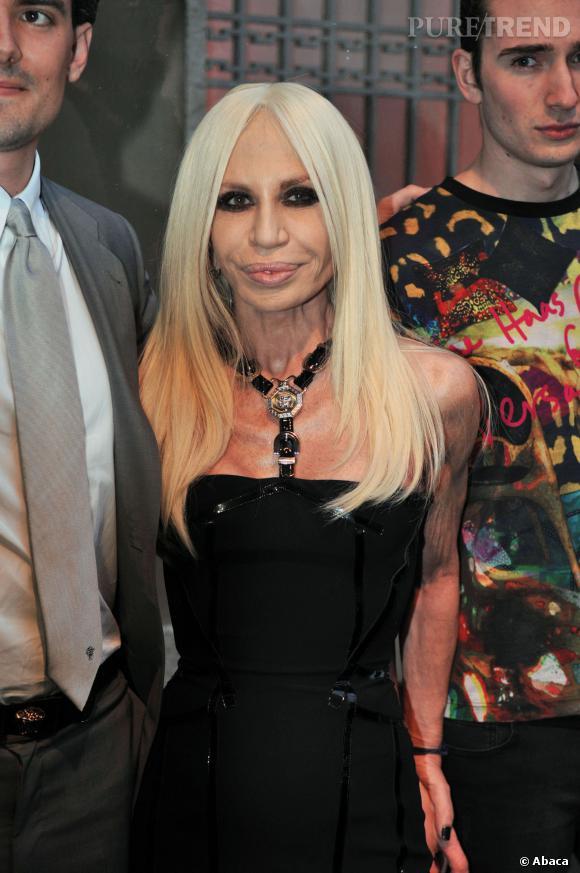 Donatella Versace a bien changé depuis ses premières apparitions...