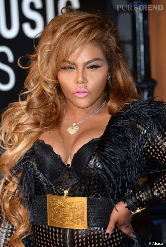 Lors des derniers MTV Video Music Awards, Lil Kim était totalement méconnaissable, affichant un visage transformé par la chirurgie.